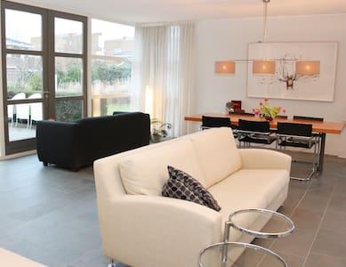 Penthouse Gym Room + Sauna +Jacuzzi - Oud-Beijerland