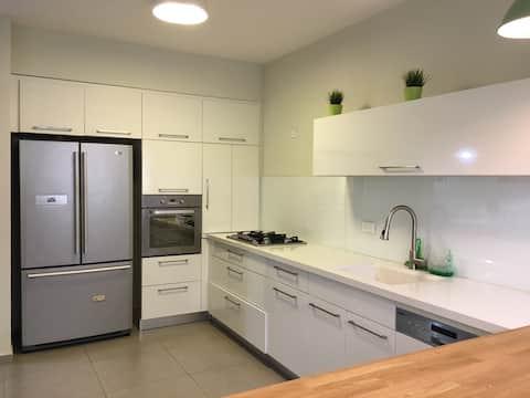wonderful 3 rooms apartment inHolon 30 Krauze st