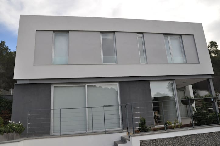 Contemporary, for families, near Sitges - St Pere de Ribes - House