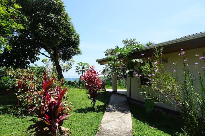 Brisas del Mar, Villa Perezoso
