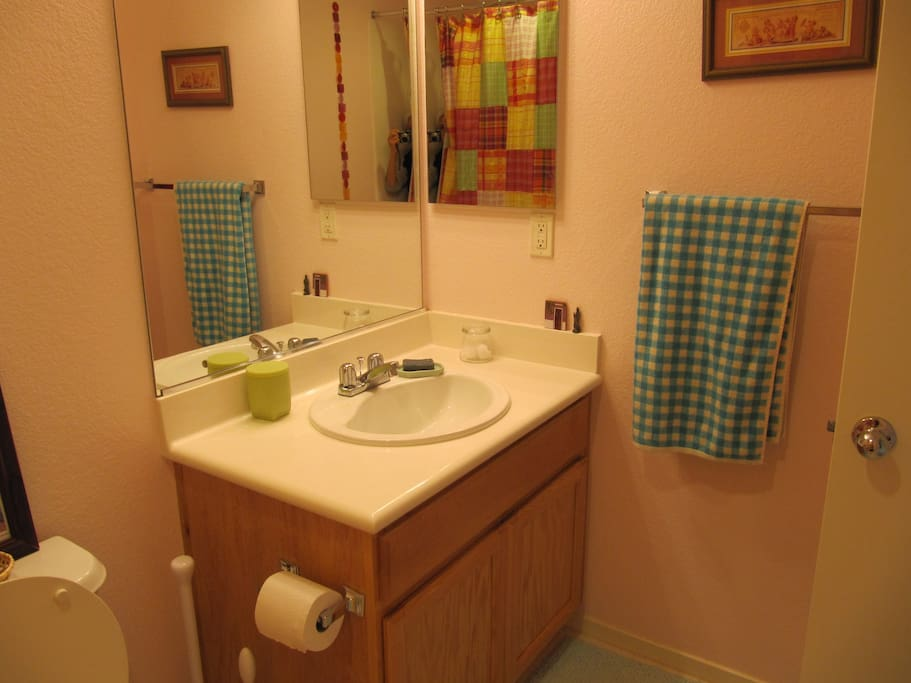 Your own bathroom with tub and hairdryer