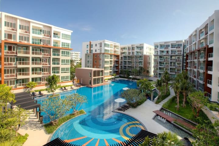 SZ80 Hua Hin 2 Bed Condo 300m from Beach BIG pool - Tambon Nong Kae - Condomínio