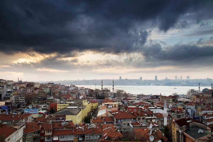 Central Flat with Bosphorus view, - Istanbul - Loft