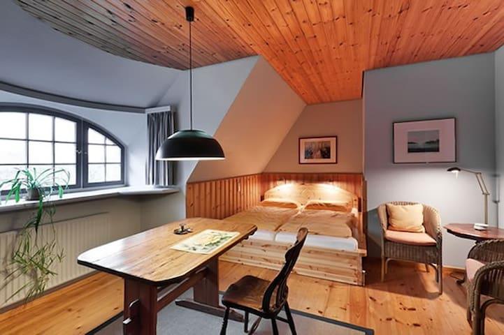 Altes Land // Gästezimmer 3 tom Diek