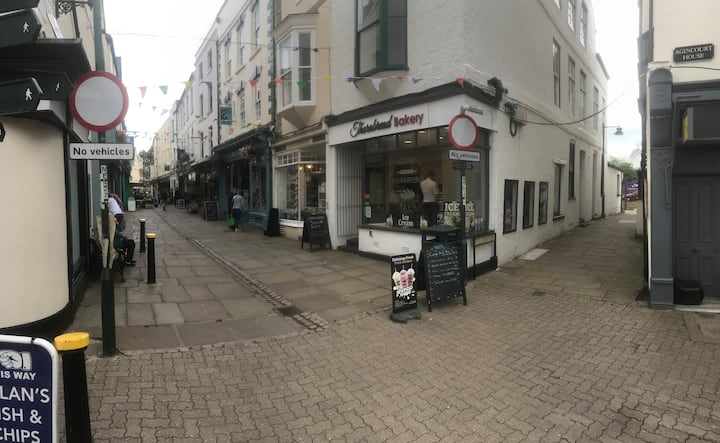 Bookshop Flat