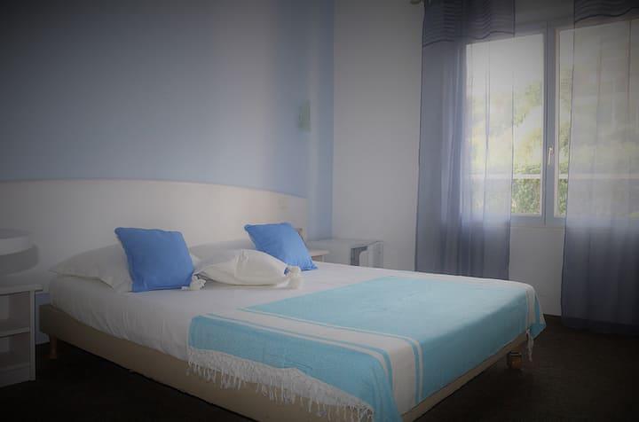 Villa Esmeralda Vue Colline: Chambre Bleu