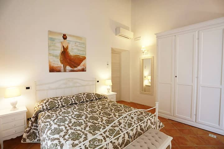 Butterfly Suite - Salerno