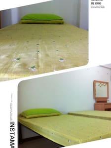 phisit blind massage room for rent - Nonthaburi - 独立屋