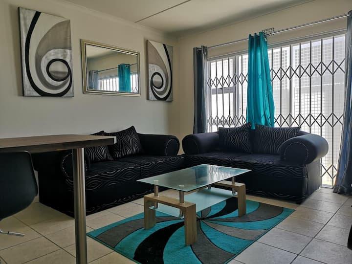 Private 2 Bedroom Apartment Near Beach