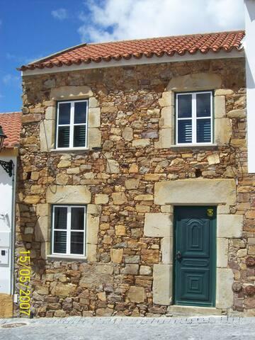 Casa de Pedra - Monforte da Beira