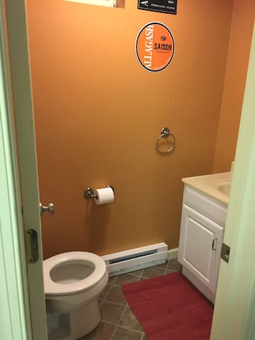 Basement powder room