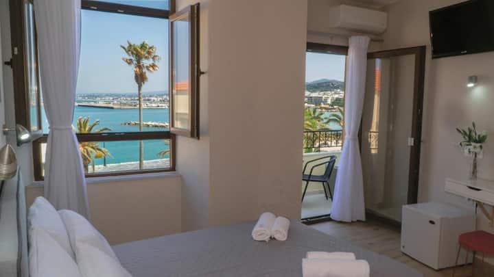 Faros rooms&suites