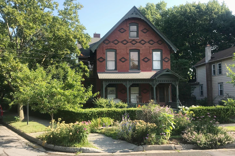 Cascadilla House