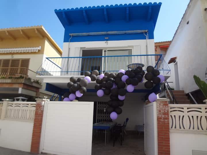 Casa Chalet + Barbacoa  + Parking Comarruga Beach