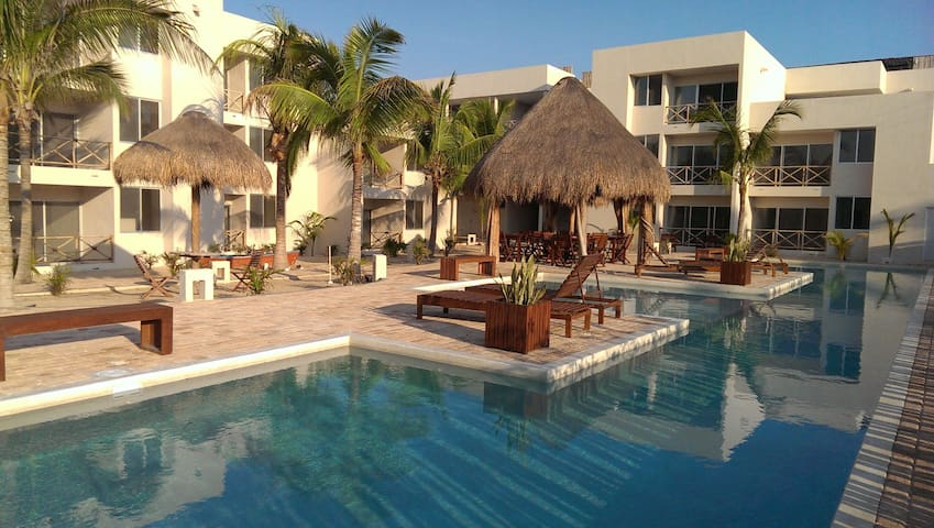 Playa Chaca, Condominium