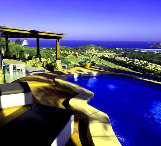 villa mit priv pool 1a meerblick villen zur miete in campulongu sardinien italien. Black Bedroom Furniture Sets. Home Design Ideas