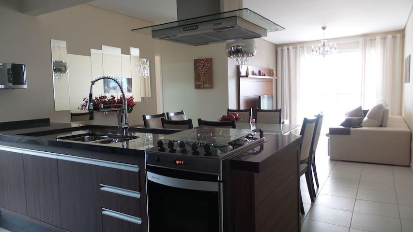 Lindo APT resort 3 quartos 2 suite 2 vaga ASTURIAS