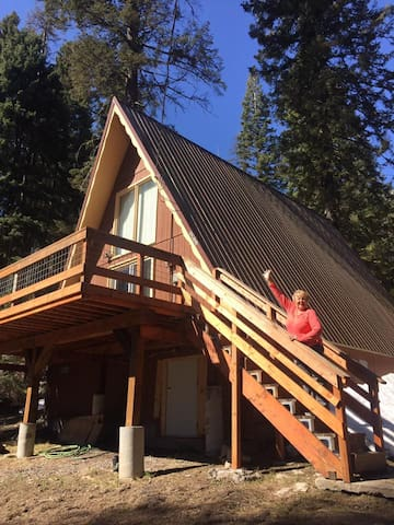 Nana's little cabin in the woods-Donnelly Idaho