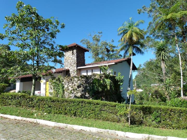 Gorgeous house at Teresopolis- CBF