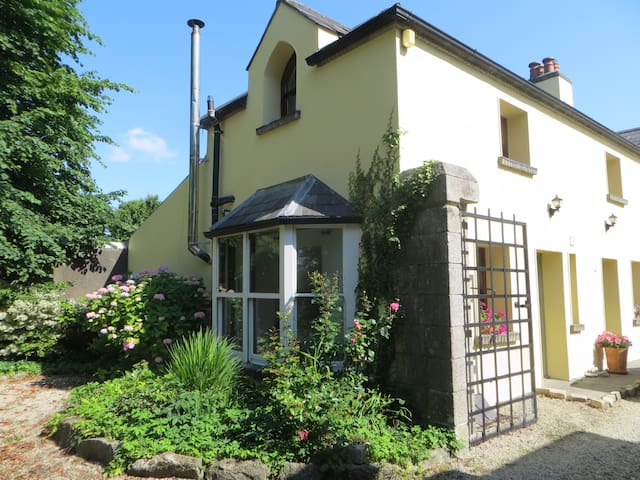 Charming converted coach house - Rathvilly - Hus