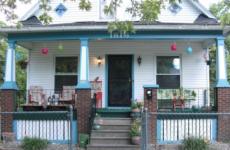 Great Saginaw Home - Saginaw - Rumah