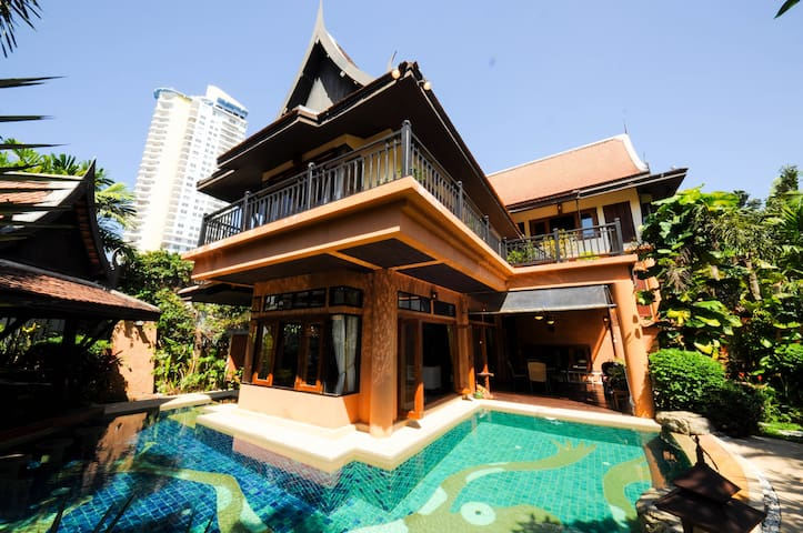 4BR LUX VILLA POOL JACUZII PATTAYA! 10 - TH - Willa