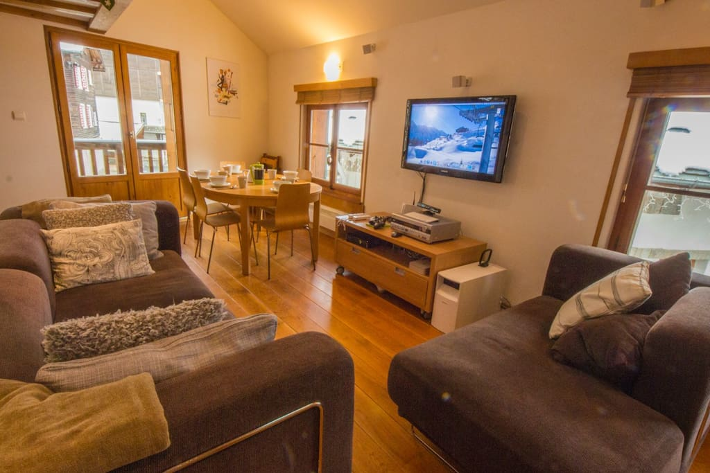 Rent Argentiere Chamonix Apartment | Living room