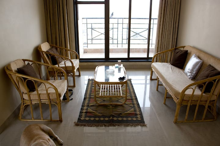 Luxury Apartment with Pvt. Terrace