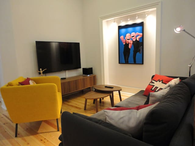 Living room with Smart TV and MUSO wireless music system
