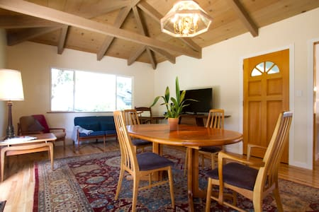 Pebble Beach Remodeled Home - Del Monte Forest - Ház