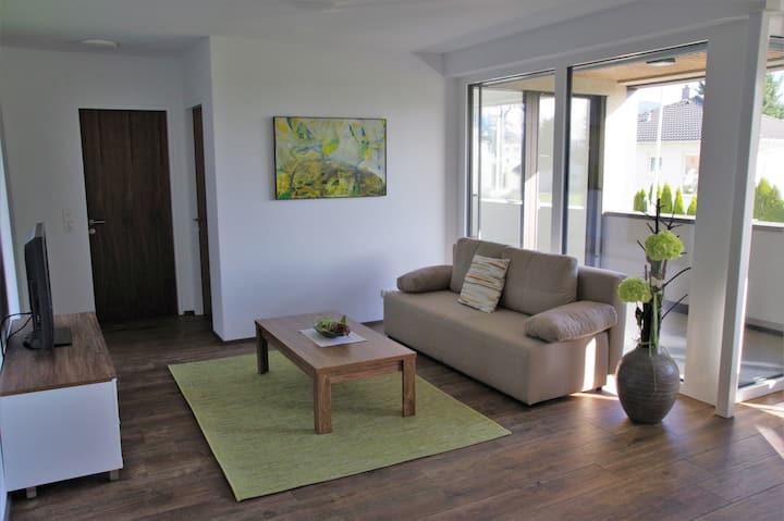 NEUE gemütliche Wohnung in Zentrums & Naturnähe