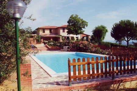 stunning panoramic villa with pool - Città della Pieve