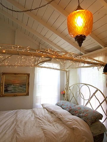 MASTER BEDROOM WITH QUEEN AMISH BENT HICKORY BED & SPARKLY LIGHTS