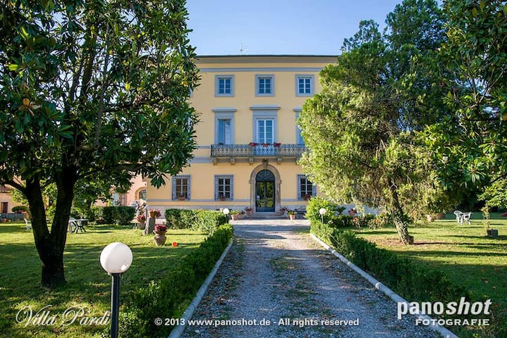 B&B Villa Pardi  - Lucca - Bed & Breakfast
