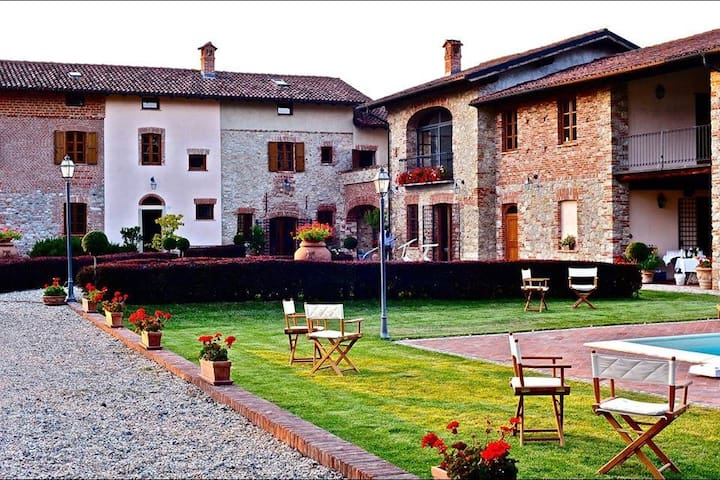 Cascina la Valletta nel Monferrato-Gavi - Villaggio Dell'olmo - Casa de camp