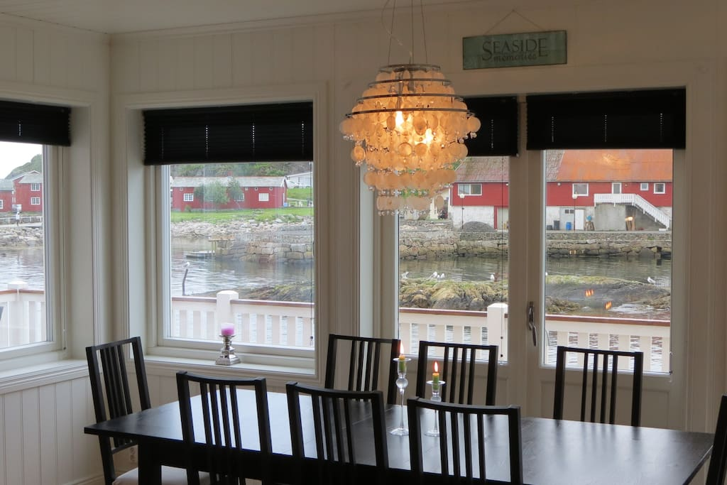 Dining area with sea view!
