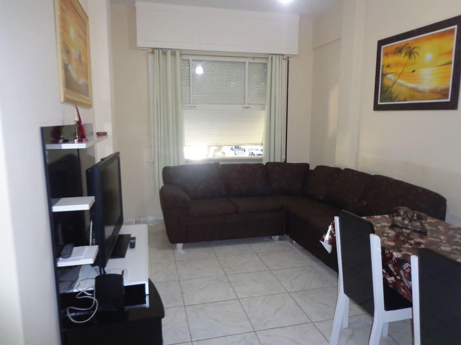 Sala do apto. com 02 ambientes