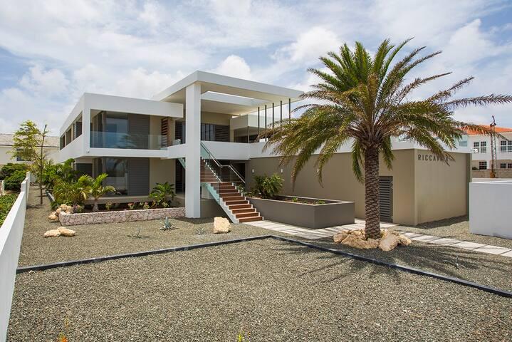 Riccavita, jan thiel, luxe penthouse met zeezicht