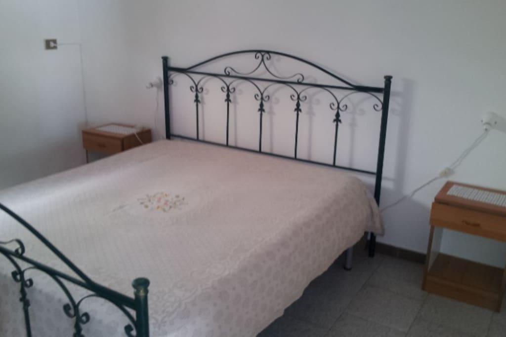 Comodi letti e materassi in camere confortevoli