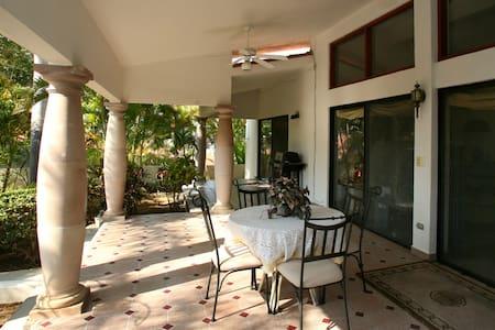 casa sun guadalupe, a view villa, 1 block 2 beach - Palmilla