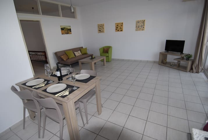 Central Square Apts II - Platanias - Apartment