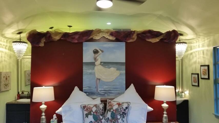 Marilyn Monroe Cottage / Studio - Navasota - Penzion (B&B)
