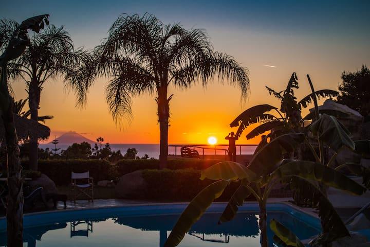 Apartment Stromboli con piscina - Faro Capo Vaticano - Apartemen