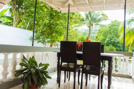 Cool Mandeville- Discounted house