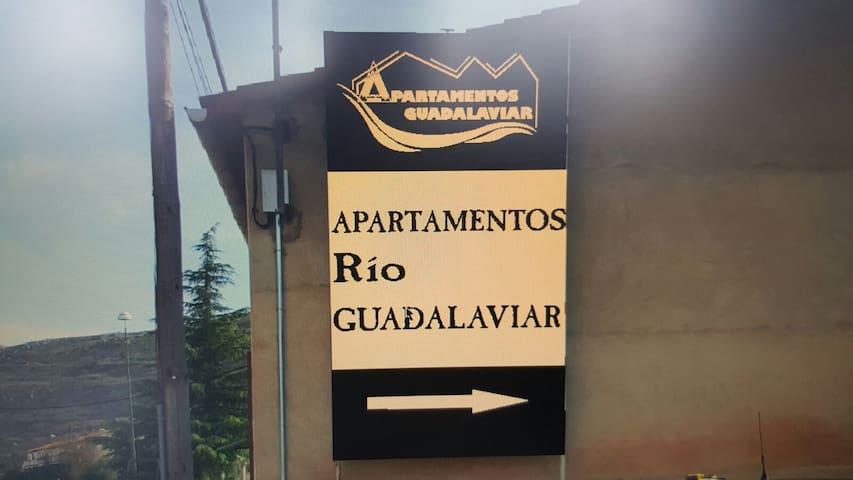 APARTAMENTOS RÍO GUADALAVIAR - Albarracín - Apartament
