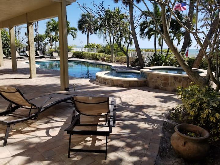 Casa Bonita - Beach Home amid Tropical Paradise