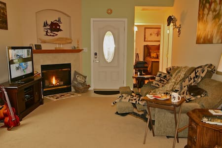 Nod Lodge - A Fresh, Comfy Countryside Home. - Stanwood