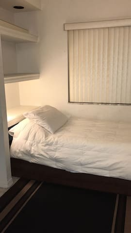 Private Room in South Florida Area