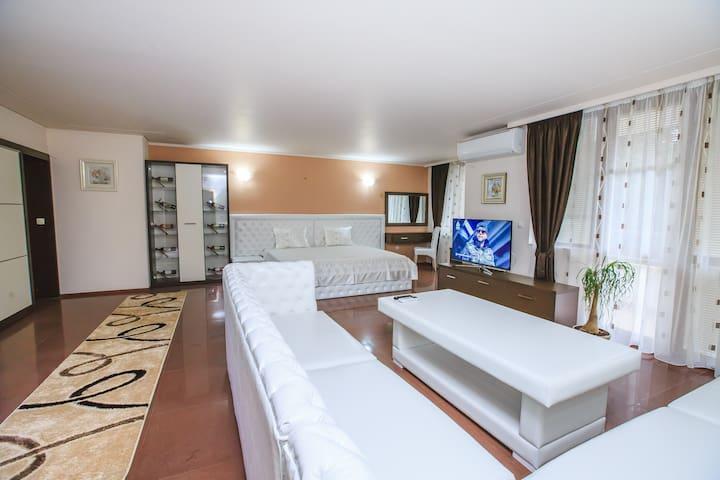 Family Hotel Victoria sandanski 1 - Sandanski - Appartement