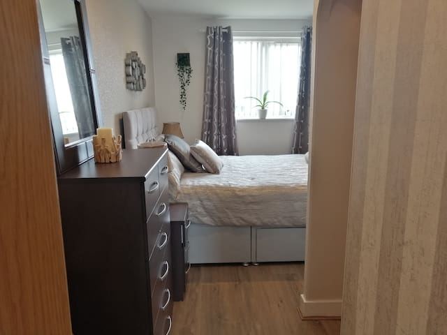 Double Room in a 2 bedroom luxury apartment.